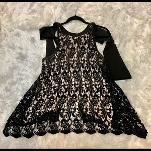 Lace open back with bow top!